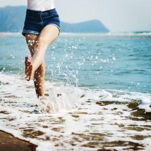 Piedi felici per andare lontano! Suggerimenti per piedi belli e sani!